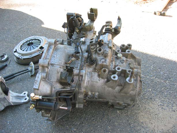 hate your automatic transmission swap it to a manual 1a auto blog rh blog 1aauto com mitsubishi eclipse manual transmission fluid mitsubishi eclipse manual transmission problems