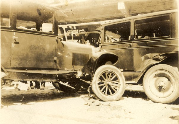 Crashed Cars Before And After Car Crash 1920