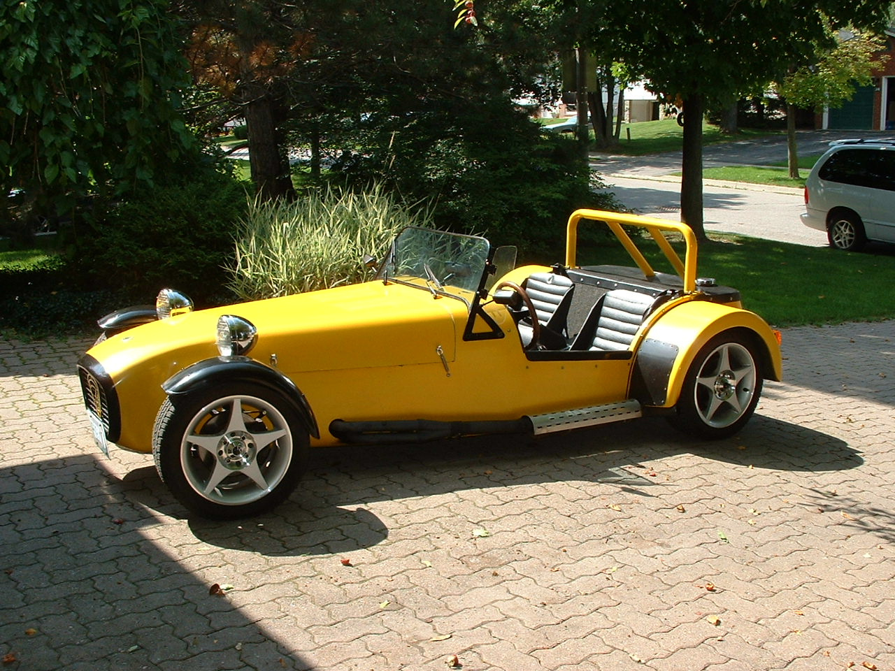if you could build a kit car which would it be 1a auto blog. Black Bedroom Furniture Sets. Home Design Ideas