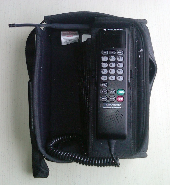 1995 just called they want their bag phone back 1a