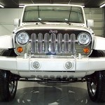 Jeep Wrangler on 28's Chrome Grille