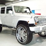 Jeep Wrangler on 28's Right Front