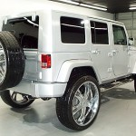 Jeep Wrangler on 28's Right Rear