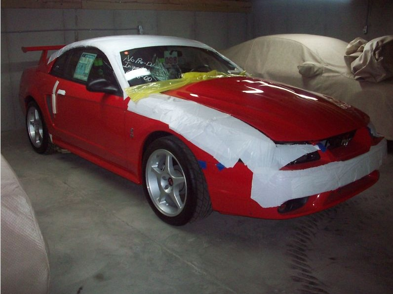 brand new 2000 mustang cobra r and 2003 cobra svt on ebay 1a auto blog. Black Bedroom Furniture Sets. Home Design Ideas