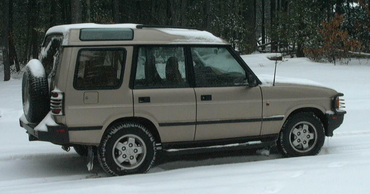 Pasha's first car after coming to the United States was a 1994 Land Rover Discovery.