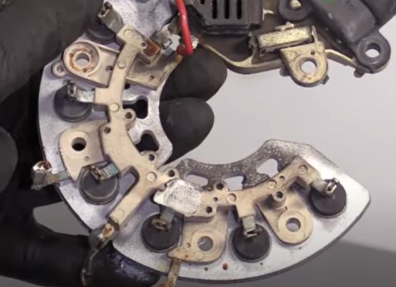 Voltage regulator from an alternator
