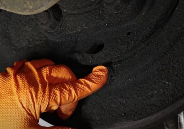 Axle seals that tend to leak on the 1st gen Nissan Titan
