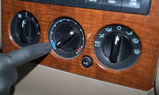 2006 to 2010 Ford Explorer HVAC controls