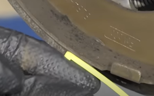 Brake shoes measuring for enough friction pad material
