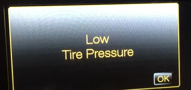 Low tire pressure indicator
