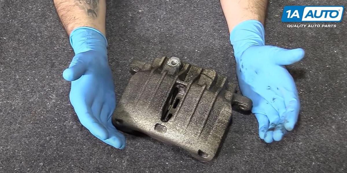3 Ways to Remove a Stuck or Broken Bleeder Screw - 1A Auto